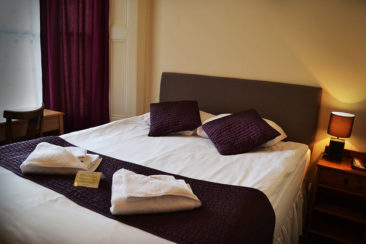 hotel near Earls Court double room