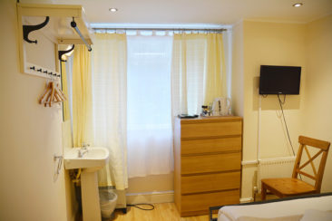 hotel near Kensington London