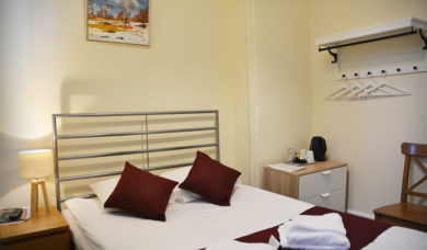 Bed and Breakfast Double Room En Suite London