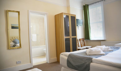 Bed and Breakfast Family Room London
