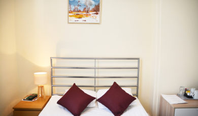 Double Bed Room En Suite London