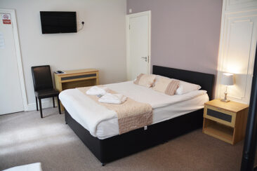 bed-and-breakfast-family-room-london